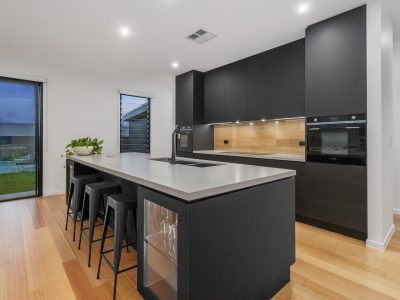 black kitchen renovations